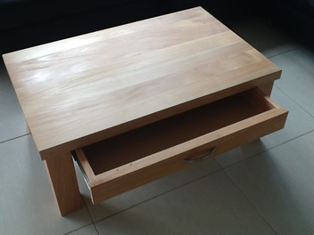 Coffee Table with Drawer_2